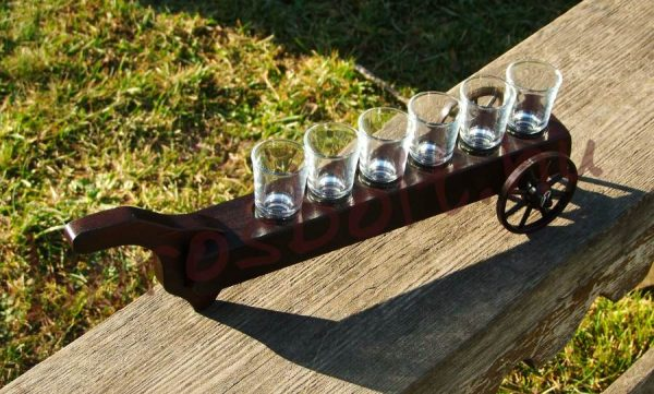 Kerekes pálinka kínáló 6 pohárral Gravírozva is