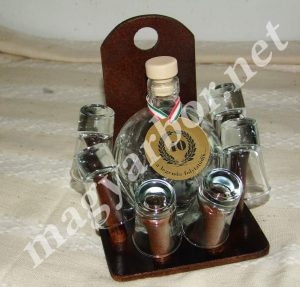 Pálinkás Készlet Focilabda Üveggel és Gravírozással